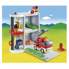 6777 Caserne de pompiers  - marque : Playmobil La caserne de pompiers contient deux personnages et un camion. Léchelle du camion est mobile et lascenseur fonctionne. La caserne est transportable grâce à sa poignée.... prix : 31.76 EUR €  chez Auchan Jeux et Jouets #Playmobil #AuchanJeuxetJouets