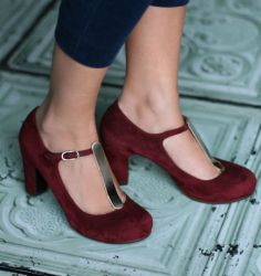 3ebc30ca6f15a chie mihara - I m dying! Vintage Inspired Shoes