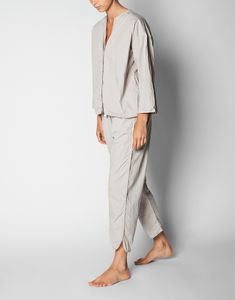 NEWS: The AIAYU pyjamas is a soft, breathable two-piece set with a light shirt and pyjama pants made from crisp organic cotton poplin.