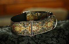 Martingale collar in copper, silver and black colours.