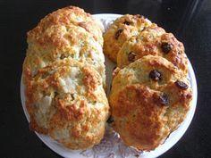 Überall & Nirgendwo: Gorgonzola-Scones alternativ mit Birne oder Cranberrys
