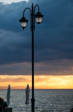 """Η Περαία του χθες και του σήμερα, μια μεγάλη """"βόλτα"""" - Thessaloniki Arts and Culture Thessaloniki, Kai, Greece, Lamps, Posts, Greece Country, Lightbulbs, Messages, Light Fixtures"""