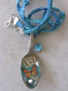Snails and resin spoon necklace - Collar cuchara, caracoles y resina
