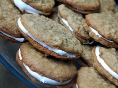 Cassie Craves: Oatmeal Creme Pies