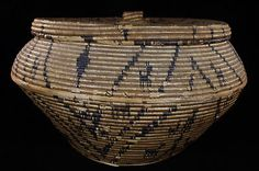 Unusual Early Old Indian APACHE Antique Native American Basket Native American Baskets, Native American Pottery, Native American Artists, American Indians, Basket Weaving, Woven Baskets, Apache Indian, Making Baskets, Indian Baskets