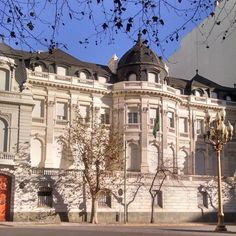 Brazilian embassy in Buenos Aires Beautiful Places In The World, Most Beautiful Cities, Places Around The World, Neoclassical Architecture, Vintage Architecture, Art Nouveau Arquitectura, Places To Travel, Places To Visit, Bs As