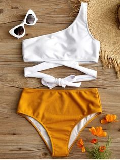One shoulder two-tone bikini YELLOW WHITE Summer Bathing Suits Bikini Shoulder t. - One shoulder two-tone bikini YELLOW WHITE Summer Bathing Suits Bikini Shoulder twotone White Yellow Source by - Bikini Modells, Bikini Babes, Push Up Bikini, Bikini Girls, Bikini Bottoms, Summer Bathing Suits, Cute Bathing Suits, Bathing Suits For Teens, Summer Swimwear