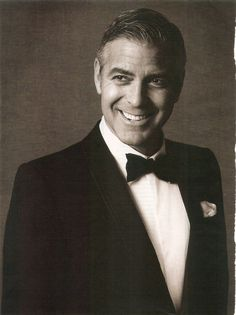 George Clooney, Amal Clooney, Michael Cade, Men With Grey Hair, Actor Picture, Actrices Hollywood, Weird World, American Actors, Gorgeous Men