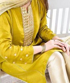 Precious Tips for Outdoor Gardens - Modern Beautiful Pakistani Dresses, Pakistani Formal Dresses, Pakistani Fashion Party Wear, Pakistani Dress Design, Pakistani Outfits, Punjabi Salwar Suits, Patiala Salwar, Phulkari Saree, Anarkali Suits