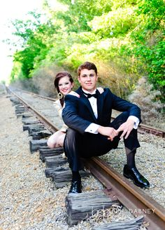 formal fashion prom seniors couple railroad tracks train tux tuxedo glamour - Hairstyles For All Homecoming Poses, Homecoming Pictures, Prom Photos, Senior Prom, Prom Pics, Homecoming Dresses, Prom Pictures Couples, Prom Couples, Couple Pictures