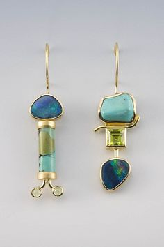 Love the idea of wearing somewhat mismatched earrings.