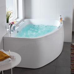 Hafa Aqua Massagebadkar. Ett smart offsetkar med plats för två. Slät elegant front i ett stycke. Finns i både vänster- och högerutförande och ger bra badutrymme på liten yta.