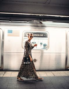 24 Festival Boho Chic Outfits To Try in 2017 Fashion Shoot, Editorial Fashion, Street Photography, Fashion Photography, Nyc Pics, New York Pictures, U Bahn, New York City Travel, Nyc Subway