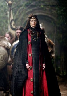 What Queen Visenya would have worn - everything asoiaf
