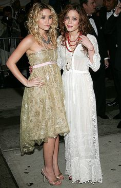 MKA MARY KATE ASHLEY OLSEN EVENT GOLD LACE COCKTAIL ASYMMETRICAL DRESS LAYERED NECKLACES PEARLS WHITE LACE LONG SLEEVE DRESS BEADED NECKLACED AUBURN RED HAIR