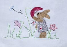 Stickdatei Hase auf der Blumenwiese 13x18 Doodle