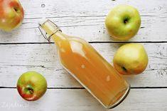 Przepis na domowy ocet jabłkowy jest bardzo prosty. Jednak jego przygotowanie wymaga trochę cierpliwości. Dziś pokażę jak samodzielnie zrobić ocet jabłkowy. Pear, Fruit, Recipes, Food, Apples, Recipies, Essen, Meals, Ripped Recipes