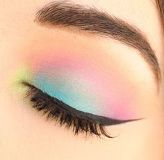 21 Easter makeup looks that celebrate your love & passion for pastels Rock the Easter Party with the best themed makeup. Check out the perfect Easter Makeup looks / ideas & pastel eye makeup ideas for spring & easter season. Makeup Eye Looks, Cute Makeup, Pretty Makeup, Beauty Makeup, Makeup Art, Awesome Makeup, Fox Makeup, Witch Makeup, Clown Makeup