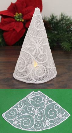 Filigree Tree with Snowflakes (Lace)