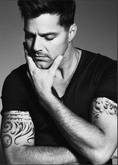Ricky, my Ricky... Spanish Eyes, Pop Musicians, Porto Rico, Dream Guy, Celebs, Celebrities, Famous Faces, Beautiful Men, Beautiful People