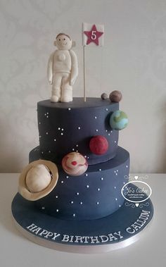 Space themed 5th birthday cake   by Jo's Cakes