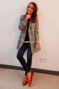 Paula Echevarría: 100 mejores looks - Style Lovely Casual Chic Outfits, Cool Outfits, Looks Style, Casual Looks, Fall Winter Outfits, Winter Fashion, Women's Fashion, Look Formal, Velvet Fashion