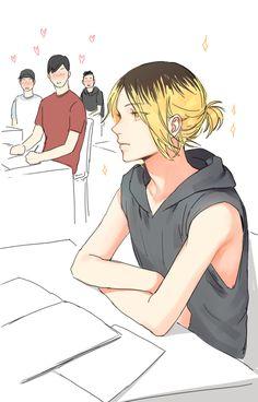 대학생 켄마생각하면서 그려봤습니다. 왠지 머리카락은 대학생이 되어서도 계속기를것 같기에 꽁지머리를 희망하며 그려보게되었어요..!  동기 남자들의 마음을 사로잡아버린 켄마.......   그리고 불안한 쿠로오..<   푸딩머리켄마도 좋지만 검은머리 켄마도 좋아합니다