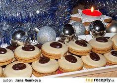 Kávová kolečka s kofilovým krémem - My site Christmas Sweets, Christmas Baking, Christmas Candy, Slovak Recipes, Czech Recipes, Le Chef, Biscuit Recipe, Holiday Cookies, Desert Recipes