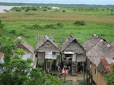 Iquitos, Peru - Google Image Result for http://images.travelpod.com/users/rgreenwell630/1.1224973620.iquitos-houses.jpg