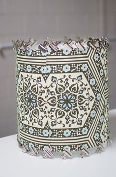 EXCELLENT tutorial on how to make a drum shade from scratch by Amanda Brown, takes you through every step with pictures and very clear instructions