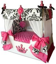 damask cozy dog tent - Google Search Cute Dog Beds, Puppy Beds, Diy Dog Bed, Girl Dog Beds, Pet Beds, Doggie Beds, Dog Rooms, Cat Accessories, Dog House Bed