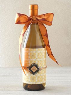 Bow and Paper Wine Wrap