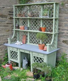25 Cool DIY Garden Potting Table Ideas is part of Cottage garden Furniture - Every garden need some potting station for storing all the garden stuff But you don`t need to spend a lot of money for buying some potting table, or Outdoor Projects, Garden Projects, Cool Diy, Potting Station, Potting Tables, Diy Garden, Garden Sheds, Mosaic Garden, Garden Table