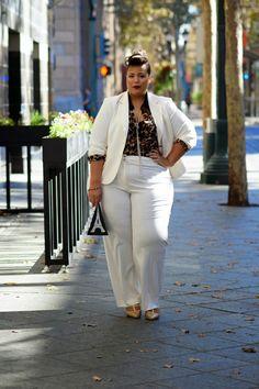 Celebrity Style Capture: @Rihanna