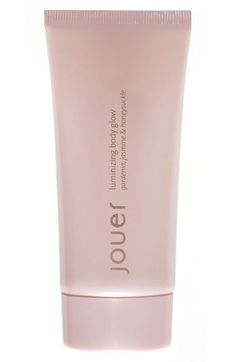 """For natural-looking yet radiant skin, mix a dime-sized amount of Jouer Luminizing Body Glow, blended with a great body lotion, such as CeraVe Moisturizing Lotion. """"I like to give my clients a healthy glow without looking too shimmery."""""""