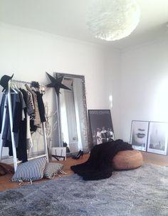 My dressingroom evalevabo.blogspot.com Instagram evalevabo