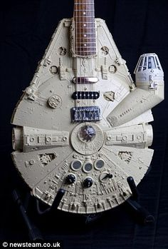 This Millenium Falcon guitar