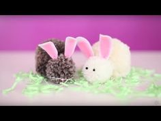 Easter Craft: DIY Bunny Pom Pom - YouTube