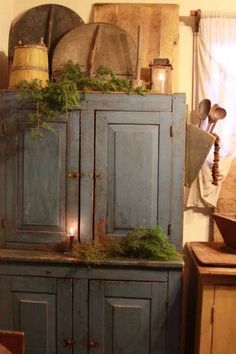 .love the cupboard....great blue.....
