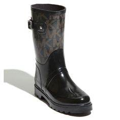 f60f4cedceb6 Shop Women s MICHAEL Michael Kors size 8 Winter   Rain Boots at a  discounted price at Poshmark. Description  Black with gold design.