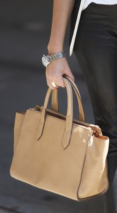 Our Knox Shopper in Beige, as seen on the streets of New York City.