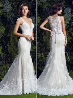 Trumpet/Mermaid V-neck Chapel Train Lace Wedding Dress