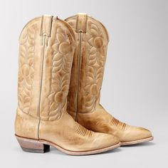 e99613fd603 I reckon I ve lived in Texas long enough to get myself some cute cowboy  boots.