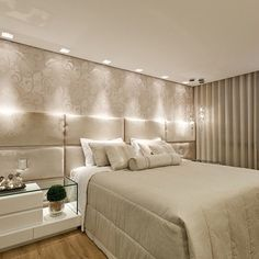 Quarto do casal! ☑#decor #design #designdeinteriores #detalhes #decoração #interiores #iluminação #cabeceira #instadecor #ambientes #quarto #quartodocasal #tendência