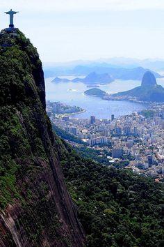 Hiper Estilos & Luxos tect0nic:  Rio Rio by Emir Terovic via 500px.  (via tect0nic)