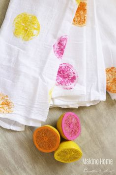diy-lemon-stamped-tablecloths-easy-kid-craft-decor-project-fashion-idea