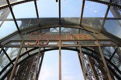 58 Tour Eiffel restaurant, Paris April 2011 - Torre Eiffel - Wikipedia, la enciclopedia libre