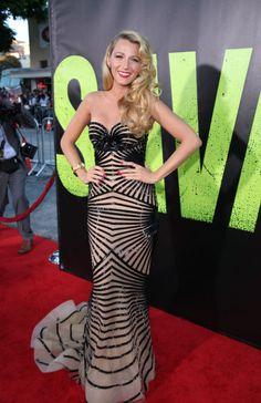 Blake Lively, espectacular con un vestido de diseño en el preestreno de Savages