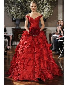 Romona Keveza  Red Wedding Dresses, Spring 2013 Bridal Fashion Week......maybe not for a wedding but I still absolutely love it!