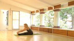 43. Hatha Yoga – Aliviar estrés | Ciudad Yoga · Clases y Videos de Yoga